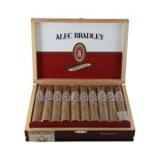 Alec-Bradley-Connecticut-Robustobox1.JPG